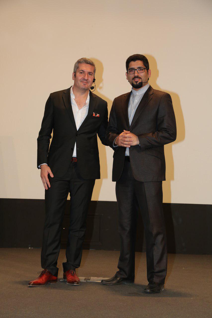 مهندس عباس زاده و دکتر خضرزاده در همایش راهبران فروش موسسه توسعه مهر